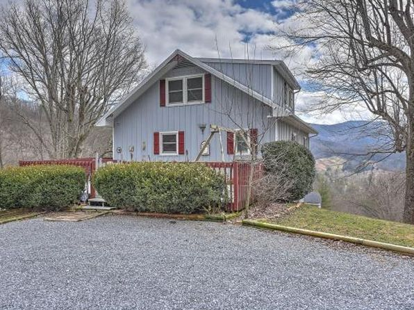 3 bed 3 bath Single Family at 225 Blue Grass Rd Roan Mountain, TN, 37687 is for sale at 375k - 1 of 35