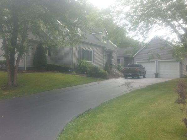 5 bed 4 bath Single Family at 11457 Westvalley Dr Crown Point, IN, 46307 is for sale at 359k - 1 of 5