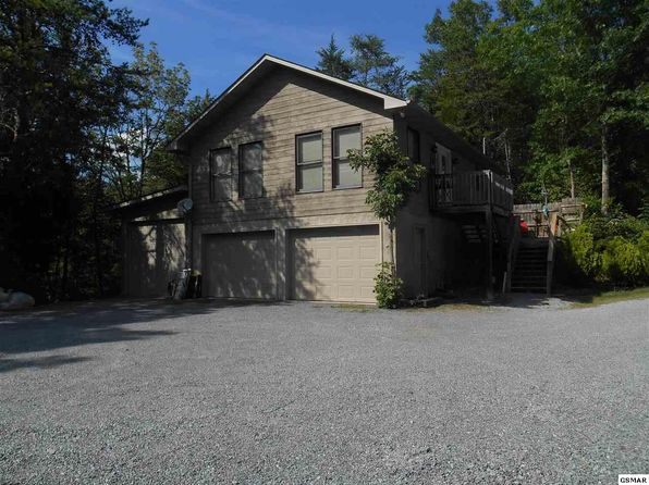 4 bed 3.5 bath Single Family at 1949 Redbud Sevierville, TN, 37876 is for sale at 1m - 1 of 22