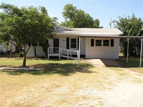 3 bed 2 bath Single Family at 124 COKE ST TYE, TX, 79563 is for sale at 74k - 1 of 33