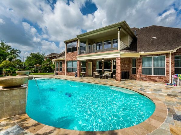 4 bed 3.5 bath Single Family at 2701 Bent Creek Dr Pearland, TX, 77584 is for sale at 569k - 1 of 32