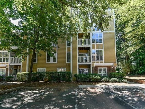 2 bed 1 bath Townhouse at 2514 CRANBROOK LN CHARLOTTE, NC, 28207 is for sale at 150k - 1 of 20