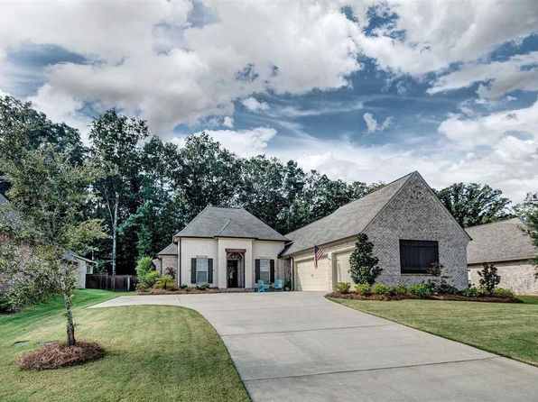 4 bed 3 bath Single Family at 121 Quill Cv Madison, MS, 39110 is for sale at 383k - 1 of 43