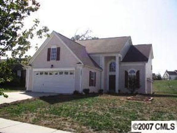 3 bed 3 bath Single Family at 10002 Orchard Grass Ct Charlotte, NC, 28278 is for sale at 199k - 1 of 4