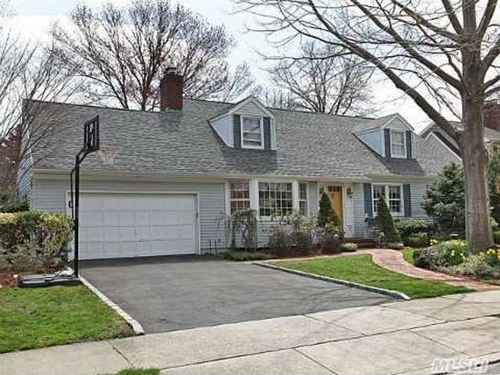 72 Pine St Garden City Ny Owners History Phone Number