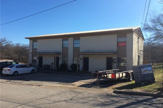 2 bed 2 bath Multi Family at 1103 W Water St Weatherford, TX, 76086 is for sale at 365k - google static map