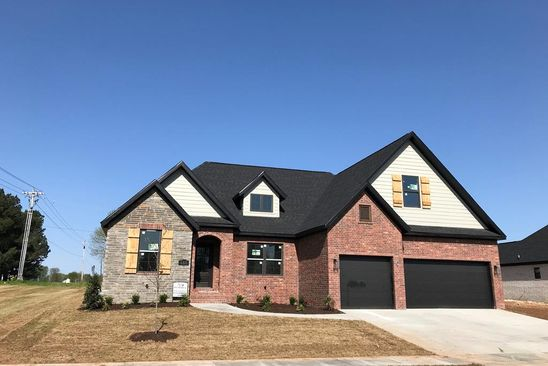 4 bed 3 bath Single Family at 617 Via Perona Tontitown, AR, 72770 is for sale at 305k - google static map