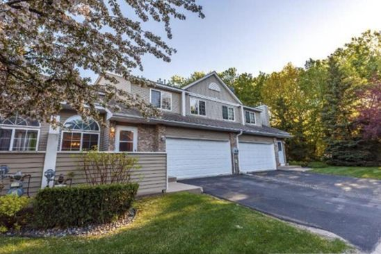 2 bed 3 bath Townhouse at 3227 PECKS WOODS TURN NEW BRIGHTON, MN, 55112 is for sale at 215k - google static map
