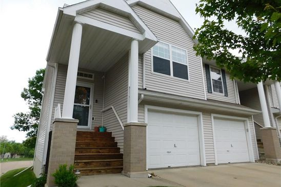 3 bed 2 bath Townhouse at 6130 HICKORY LN URBANDALE, IA, 50322 is for sale at 160k - google static map