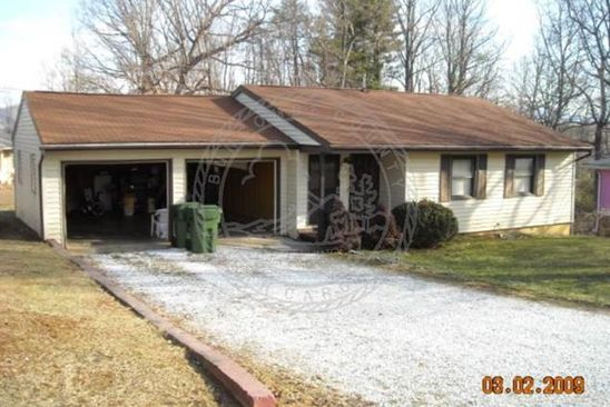 3 bed 2 bath Single Family at 2 CARVER CT ASHEVILLE, NC, 28803 is for sale at 119k - google static map