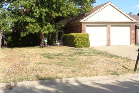 3 bed 2 bath Single Family at 5509 BLUE SPRUCE DR ARLINGTON, TX, 76018 is for sale at 100k - google static map
