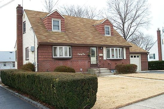 4 bed 3 bath Single Family at 81 14TH ST HICKSVILLE, NY, 11801 is for sale at 530k - google static map