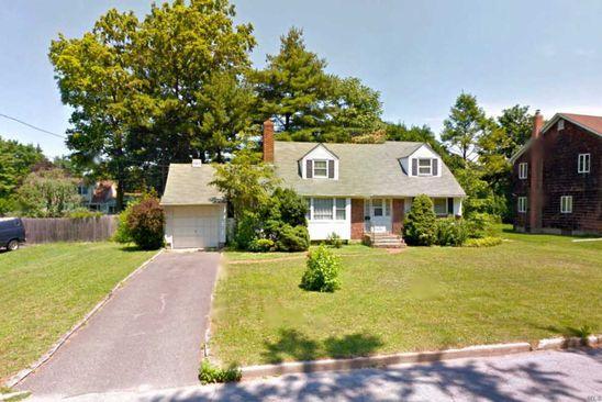 4 bed 2 bath Single Family at 5 ELDRIDGE PL GLEN COVE, NY, 11542 is for sale at 460k - google static map