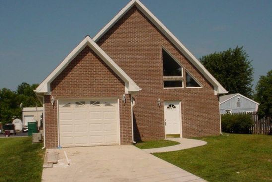 6 bed 4 bath Multi Family at 119 N CARTER ST GREENTOWN, IN, 46936 is for sale at 155k - google static map