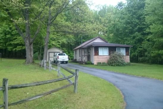 3 bed 2 bath Single Family at 1085-7 State Route 9 Moreau, NY, 12831 is for sale at 350k - google static map