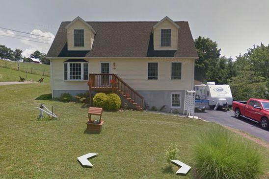 4 bed 4 bath Single Family at 230 Jones St SE Christiansburg, VA, 24073 is for sale at 240k - google static map