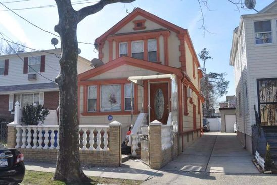 3 bed 1 bath Single Family at 7210 160th St Flushing, NY, 11365 is for sale at 599k - google static map