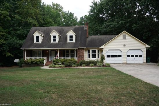 3 bed 3 bath Single Family at 4808 INA LN WALKERTOWN, NC, 27051 is for sale at 245k - google static map