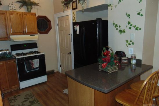 2 Bed 1 Bath At 2109 S 12th St Burlington Ia 52601 Is For