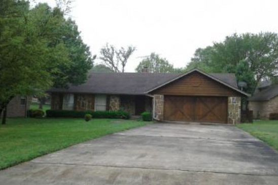 3 bed 2 bath Single Family at 522 Arrowwood Beach Rd Trinidad, TX, 75163 is for sale at 349k - google static map