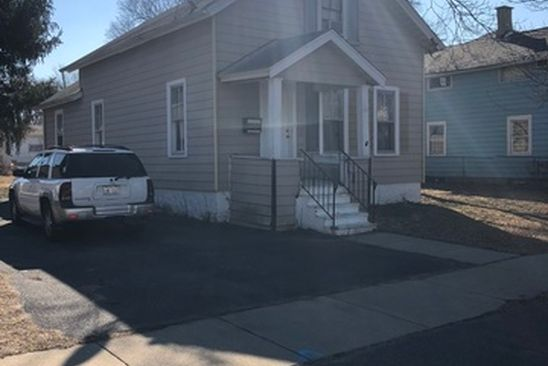 3 bed 2 bath Single Family at 319 N UNION ST AURORA, IL, 60505 is for sale at 125k - google static map