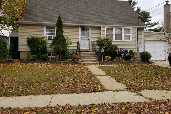 4 bed 2 bath Single Family at 82 PHILADELPHIA AVE MASSAPEQUA PARK, NY, 11762 is for sale at 425k - google static map