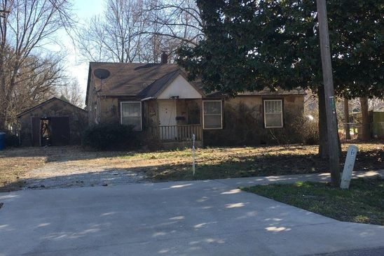 2 bed 1 bath Single Family at 204 SE 6TH ST BENTONVILLE, AR, 72712 is for sale at 315k - google static map