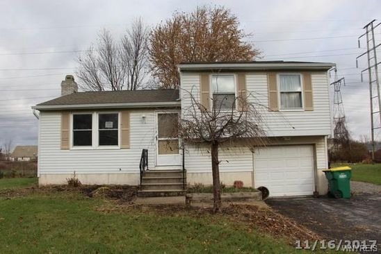 3 bed 1 bath Single Family at 6591 ROYAL PKWY N LOCKPORT, NY, 14094 is for sale at 105k - google static map