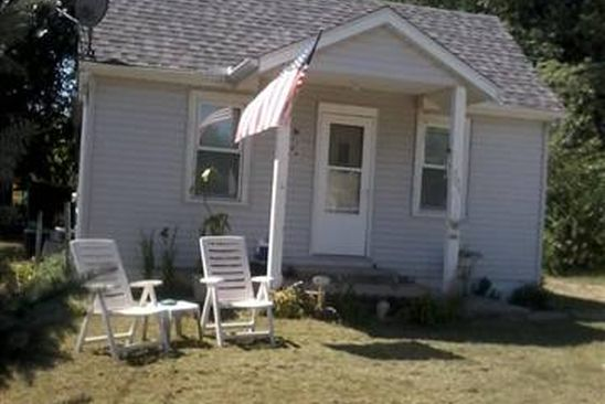 3 bed 1 bath Single Family at 221 S BELLEVUE AVE PEORIA, IL, 61604 is for sale at 40k - google static map