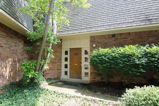 2 bed 1.5 bath Condo at 1477 Lafayette Dr Upper Arlington, OH, 43220 is for sale at 109k - google static map