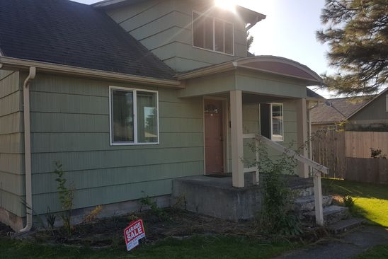 5 bed 1 bath Single Family at 1004 ELM ST KELSO, WA, 98626 is for sale at 149k - google static map