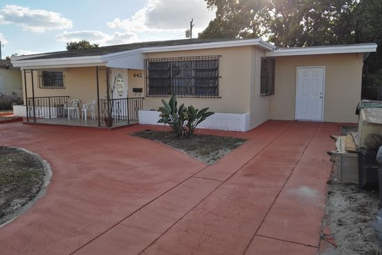 4 bed 2 bath Single Family at 442 SE 9th Ct Hialeah, FL, 33010 is for sale at 350k - google static map