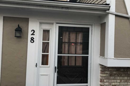 2 bed 1.5 bath Condo at 28 Wildwood Ct Vernon Hills, IL, 60061 is for sale at 150k - google static map