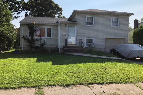 5 bed 2 bath Single Family at Undisclosed Address ROOSEVELT, NY, 11575 is for sale at 349k - google static map