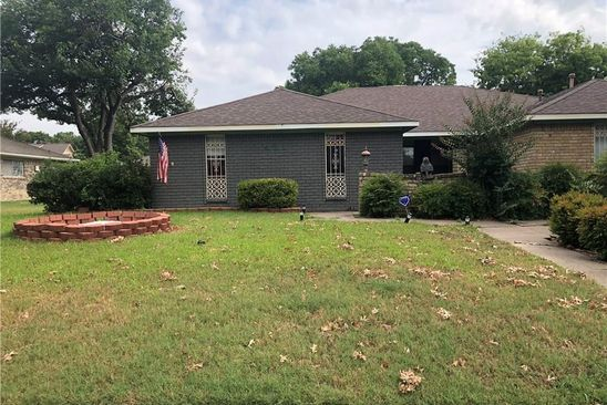 3 bed 2 bath Multi Family at 421 TIFFANY TRL RICHARDSON, TX, 75081 is for sale at 235k - google static map