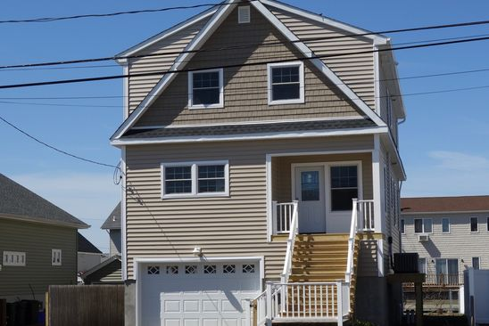 3 bed 3 bath Single Family at 590 FIRE ISLAND AVE BABYLON, NY, 11702 is for sale at 699k - google static map