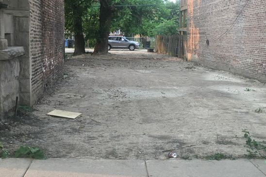 0 bed null bath Vacant Land at 4250 W Congress Pkwy Chicago, IL, 60624 is for sale at 10k - google static map