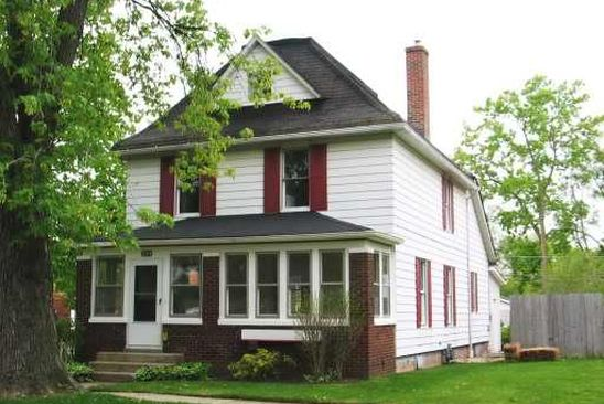 4 bed 2 bath Single Family at 1304 Hickory St Waukegan, IL, 60085 is for sale at 150k - google static map