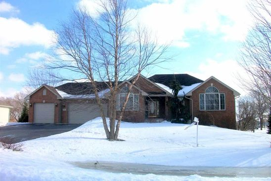 3 bed 3 bath Single Family at 2847 Dourdan Belvidere, IL, 61008 is for sale at 300k - google static map