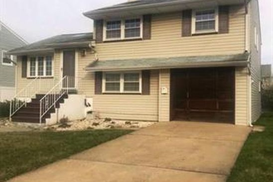 4 bed 2 bath Single Family at 14 Donovan Ave Carteret, NJ, 07008 is for sale at 290k - google static map