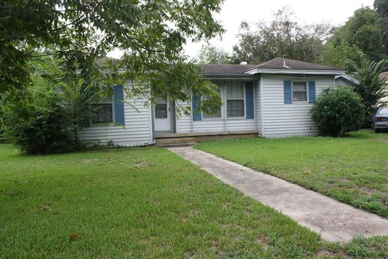3 bed 2 bath Single Family at 605 MARKUS AVE LUFKIN, TX, 75904 is for sale at 67k - google static map