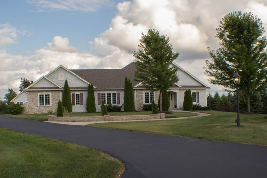 3 bed 3 bath Single Family at 1184 CHEYENNE CT HUBERTUS, WI, 53033 is for sale at 440k - google static map