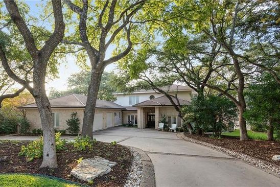 5 bed 5 bath Single Family at 37 Hedgebrook Way The Hills, TX, 78738 is for sale at 850k - google static map