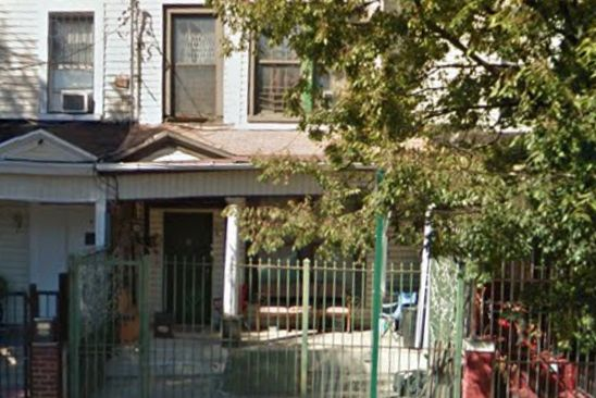 4 bed 2 bath Single Family at 4445 PARK AVE BRONX, NY, 10457 is for sale at 400k - google static map