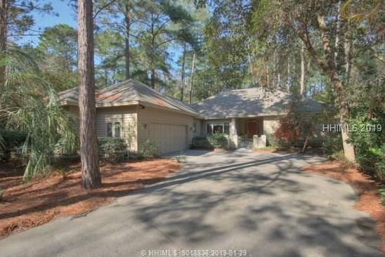3 bed 2 bath Single Family at 40 EDGEWOOD DR HILTON HEAD ISLAND, SC, 29926 is for sale at 469k - google static map