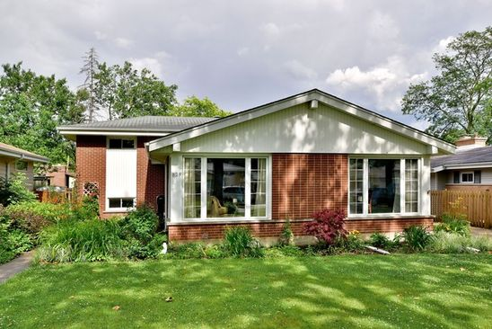3 bed 2 bath Single Family at 829 S MYRTLE AVE VILLA PARK, IL, 60181 is for sale at 290k - google static map
