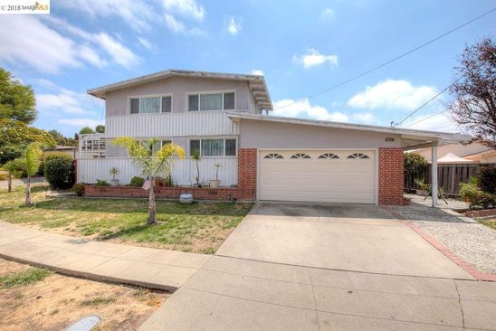 4 bed 2 bath Single Family at 30453 HOYLAKE ST HAYWARD, CA, 94544 is for sale at 727k - google static map