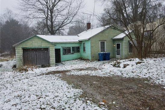 2 bed 1 bath Single Family at 4309 S Cleveland Massillon Rd Barberton, OH, 44203 is for sale at 49k - google static map