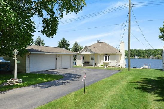 null bed null bath Single Family at 2937 RUBBINS RD HOWELL, MI, 48843 is for sale at 335k - google static map