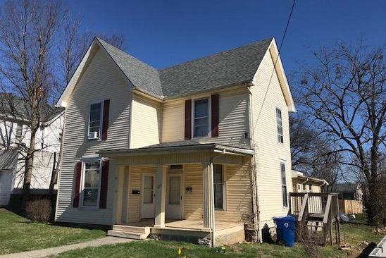 4 bed 3 bath Multi Family at 127 College St Winchester, KY, 40391 is for sale at 159k - google static map